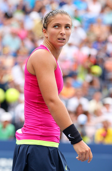 Sara Errani Sexy pink Dress image