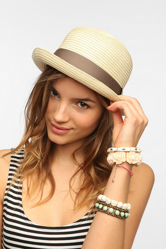 Beautiful Women Summer Hat Pic
