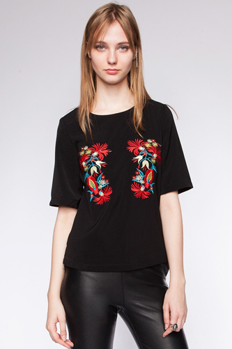 12 Embroidered Pieces Collection 2013 Black Shirt Photo