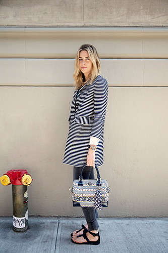 Women College Fashion Dresses Photo