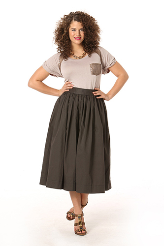 Hot & Perfect Trends for Curvy Girls Long Skirt