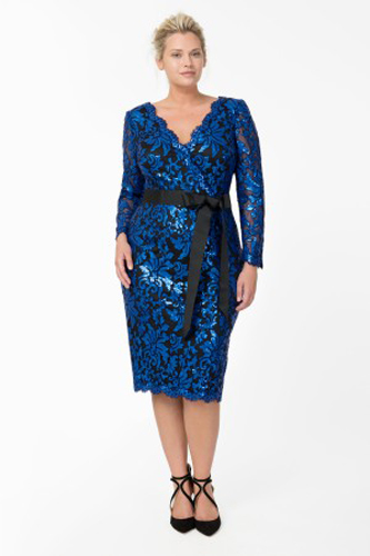 Hot & Perfect Trends for Curvy Girls Blue Color Dress