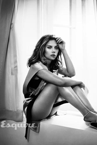 Scarlett Johansson Hot Photo
