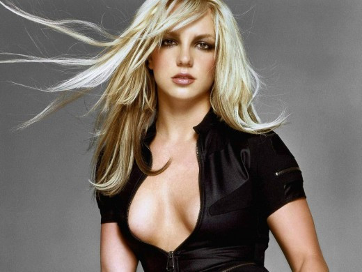 Hollywood Famous Singer Britney Spears