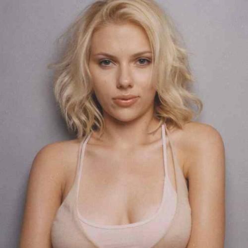 Beautiful Actress Scarlett Johansson Pictures