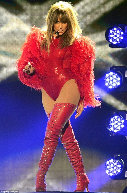 Jennifer Loper Hot Red Dress Pictures during performance