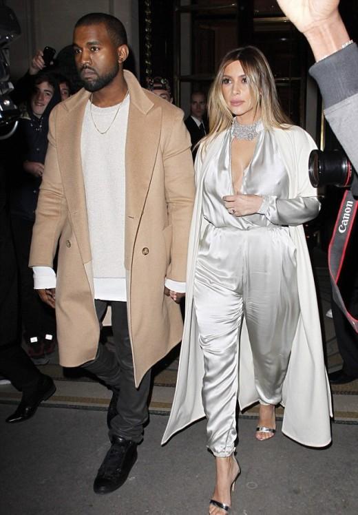 Kim Kardashian and Kanye West Hot Pictures