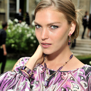Bulgari Puts High Jewelry on Catwalk