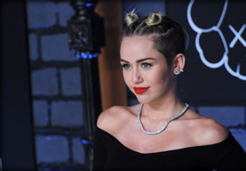Miley Cyrus Defends Homeless and Deserted Friend