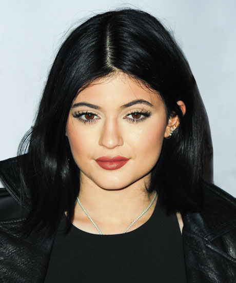 Kylie Jenner Make '90s Trend Acceptable Again