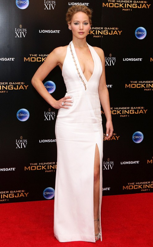 Jennifer Lawrence hot appearance on London Premiere