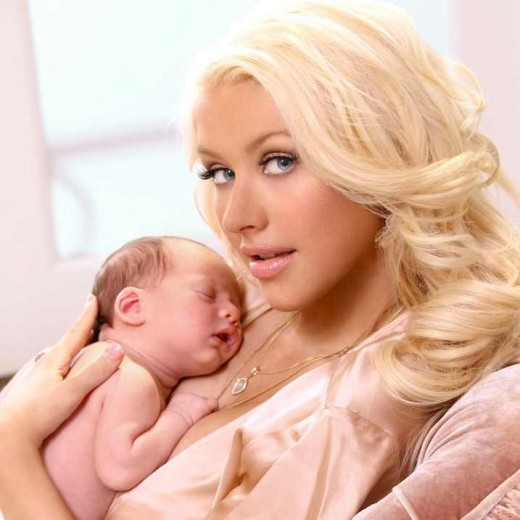 Christina Aguilera's baby girl Pictures