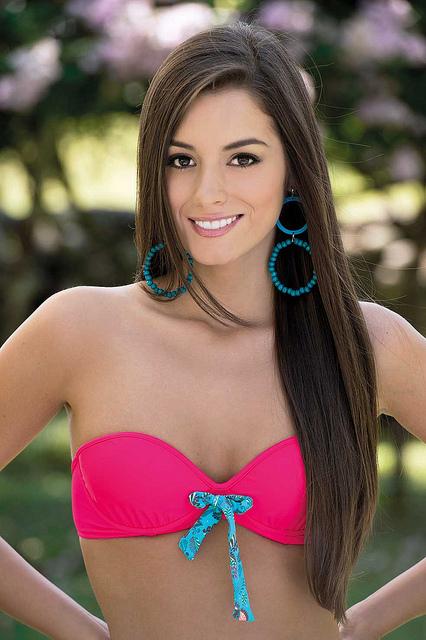 Paulina Vega Hot Pics in Bikini
