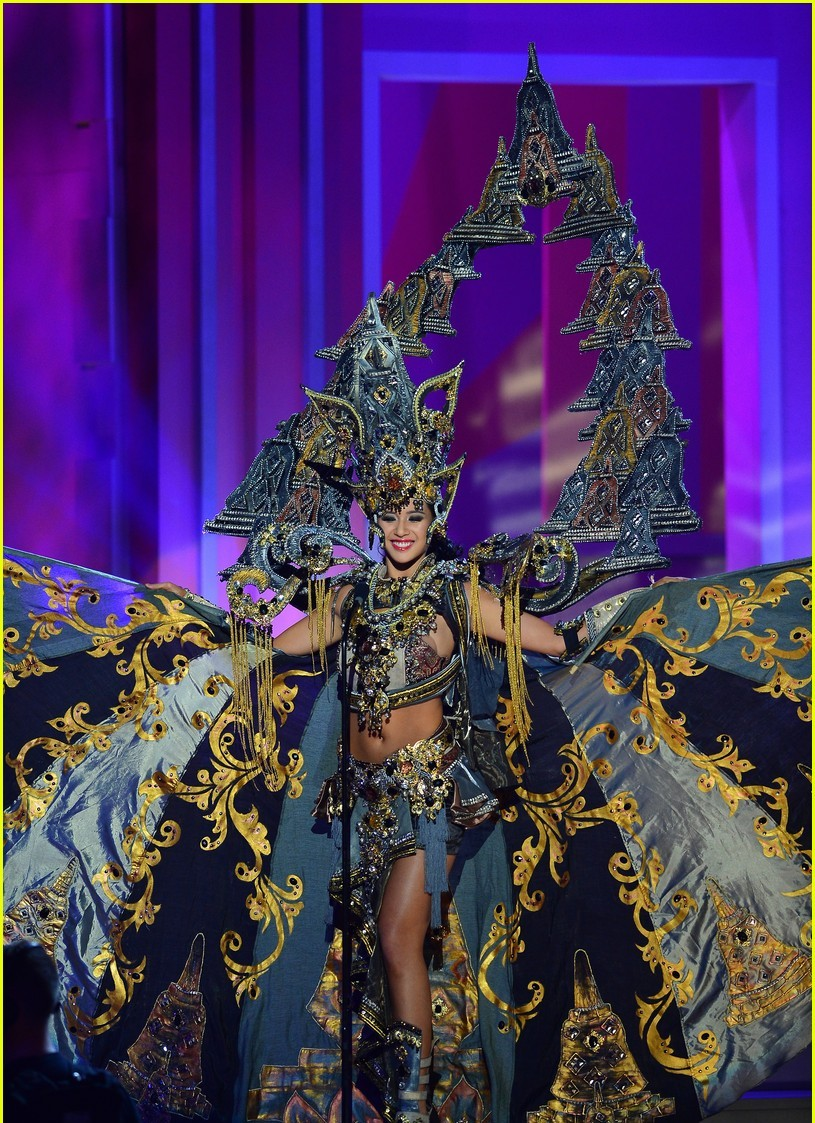 Miss Indonesia Wins Best National Costume At Miss Universe ...