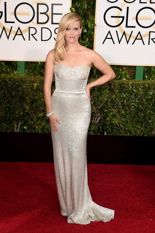 reese witherspoon hot dress at golden globes 2015