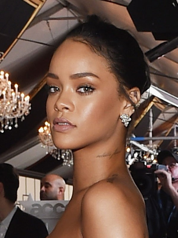 rihanna grammys 2015 pictures