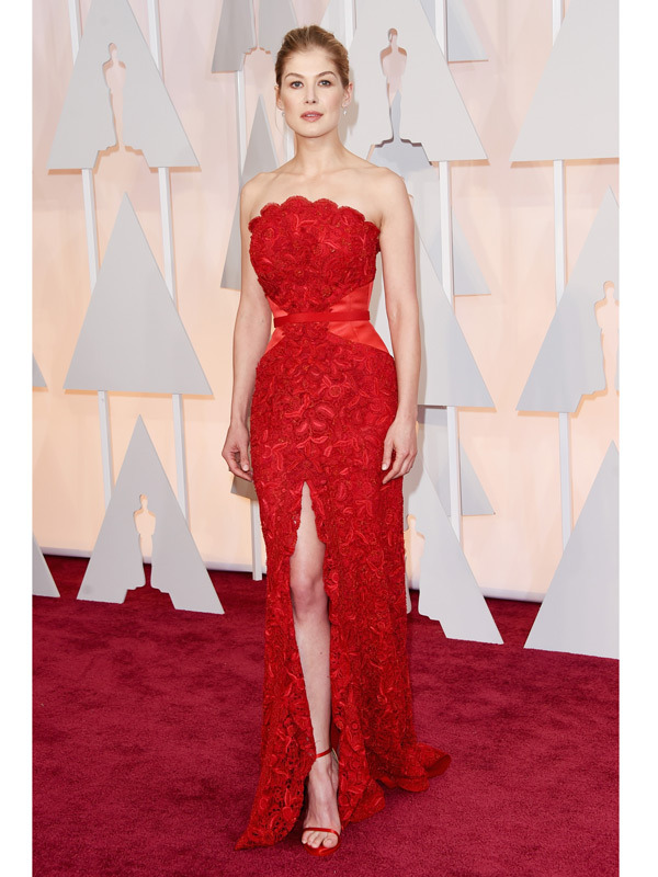 rosamund oscars 2015 academy awards red carpet pictures