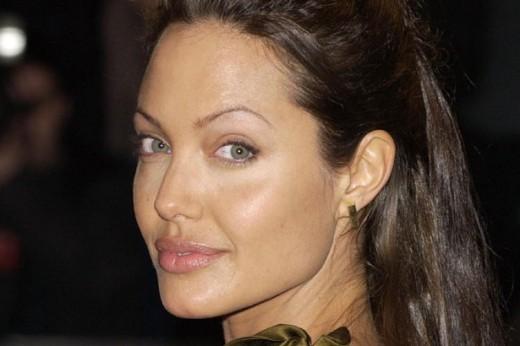 Angelina Jolie Bad Overplucked Brows