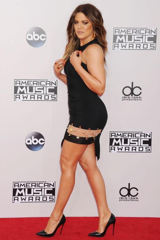 Khloe Kardashian Hot Dress Look