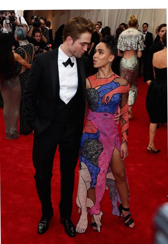 Robert Pattinson & FKA Twigs at Meta Gala 2015 Red Carpet