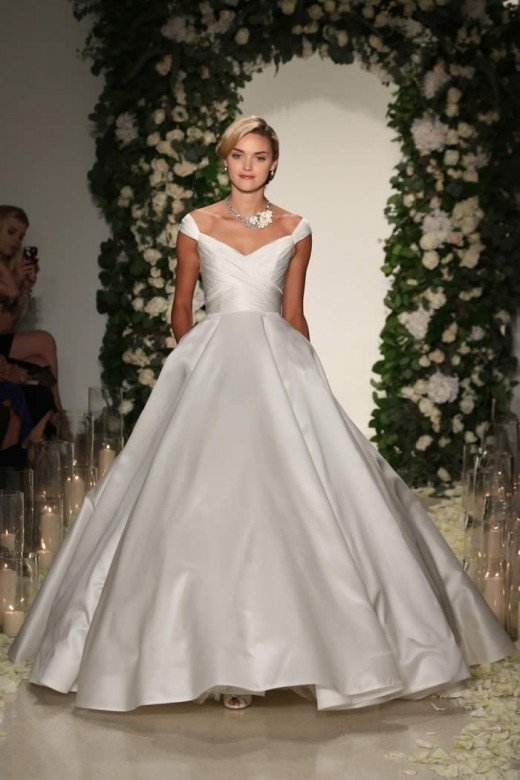 Anne Barge 2016 Fall Bridal Collection 10