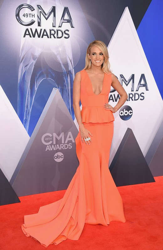 Carrie Underwood CMA Awards 2015