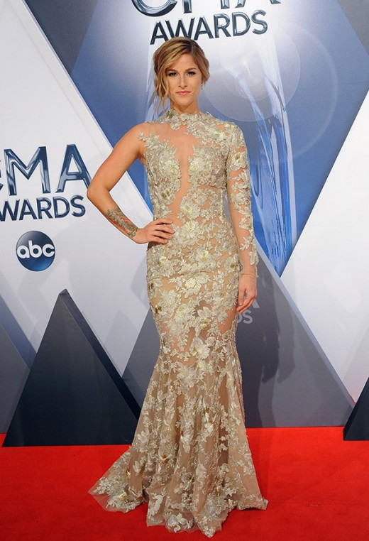 Cassadee Pope CMA Awards 2015