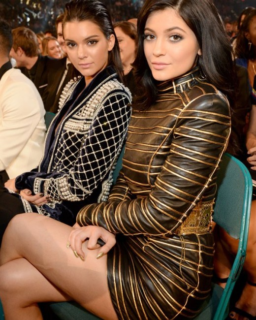 Kylie & Kendall Jenner 'Suck' Face On Snapchat Video