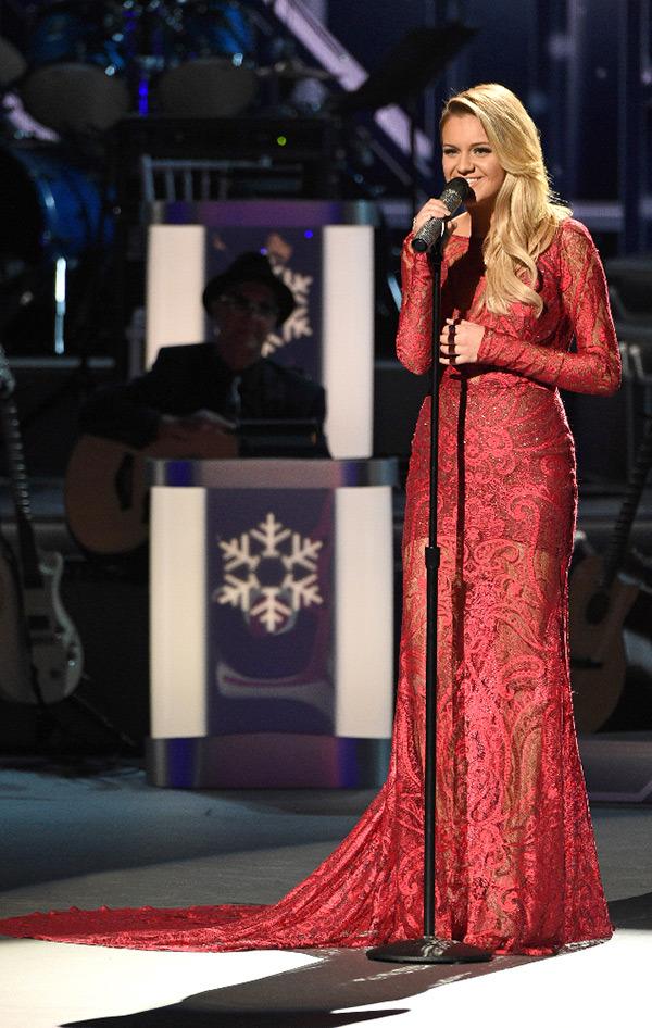 cma country christmas best dresses - Cma Country Christmas 2015