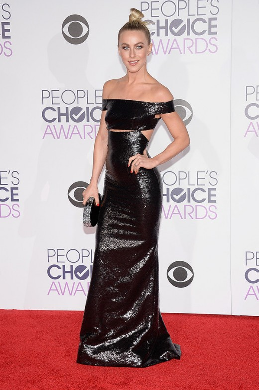 julianne-hough-peoples-choice-awards-2016