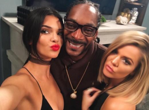 """Snoop Dogg is 1st guest of Khloe Kardashian's show """"Kocktails wit Khloe"""""""