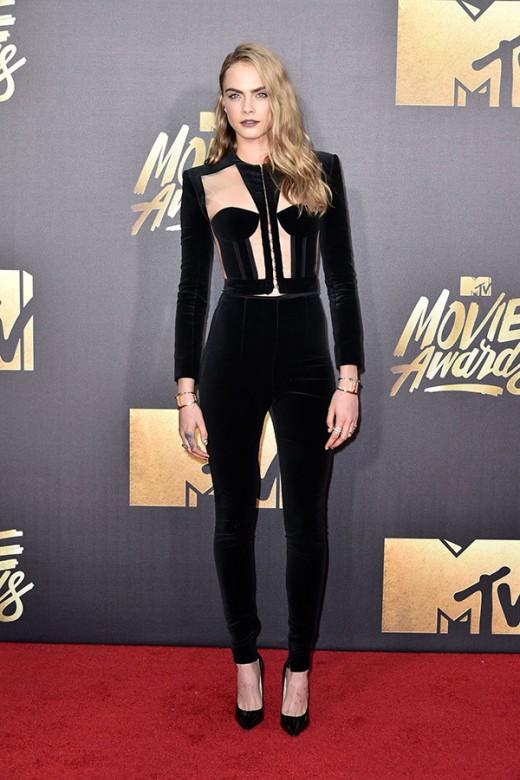 Cara Delevigne MTV Movie Awards Red Carpet Photos