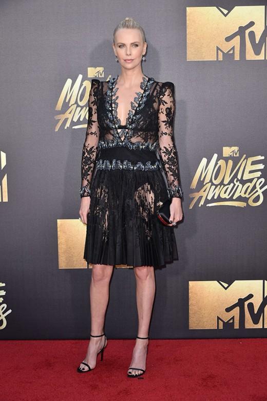 Charlize Theron MTV Movie Awards Red Carpet Photos