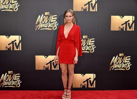 Brittany Snow MTV Movie Awards Red Carpet Photos