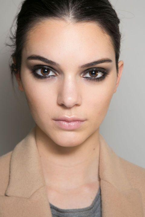 A Kendall Jenner-Esque Smoky Eye