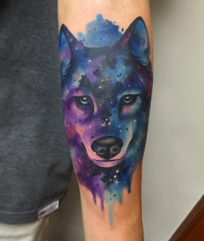 05-dame_des_chats-arm-wolf-galaxy-tattoo