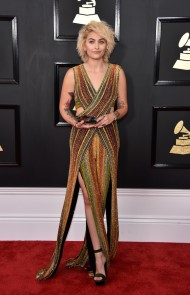 thumbs_paris-jackson-grammys-2017