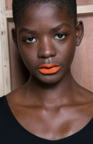 thumbs_03-eudon-choi-fall-2017-matte-bright-orange-lipstick