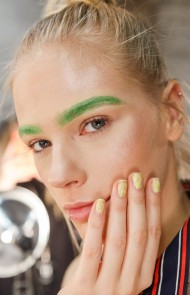 thumbs_20-lanyu-fall-2017-pale-yellow-textured-nails
