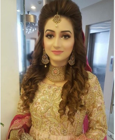 Latest Pakistani Bridal Hairstyles 2018 10