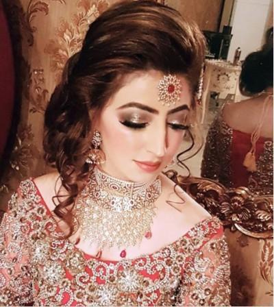 Latest Pakistani Bridal Hairstyles 2018 5