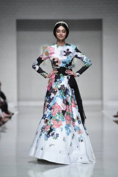 Fashion Brand AlKaram Wedding Collection