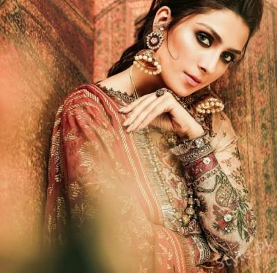 Aiza Khan latest photoshoot