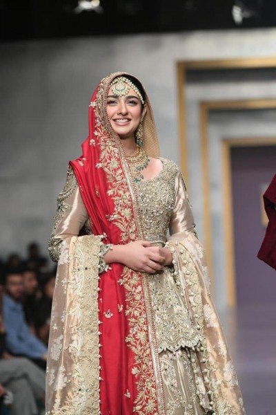 Deepak Perwani fashion