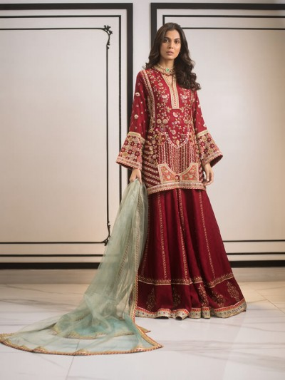 Sania Maskatiya latest dresses