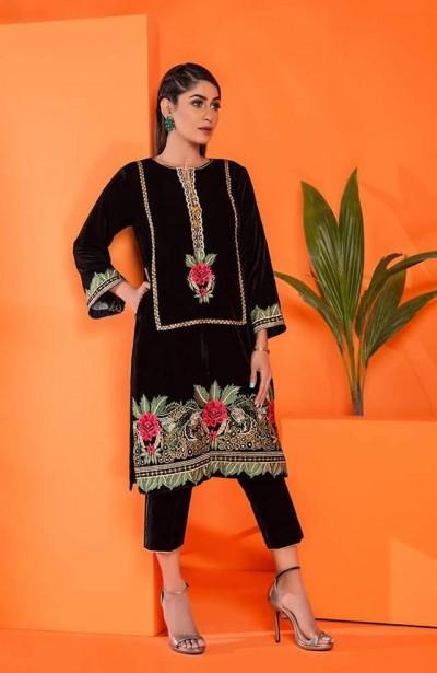 Al-Zohaib-Embroidered-Velvet-dresses-5