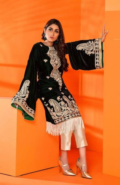 Al-Zohaib-Embroidered-Velvet-dresses-11