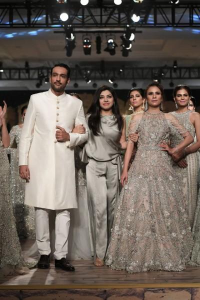 Anaya-by-Kiran-Chaudhry-dresses