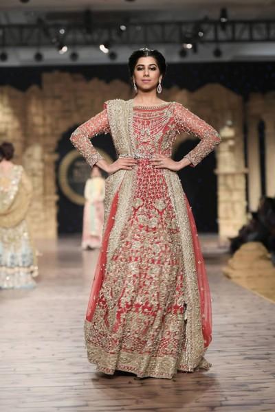 Anaya-by-Kiran-Chaudhry-partywear